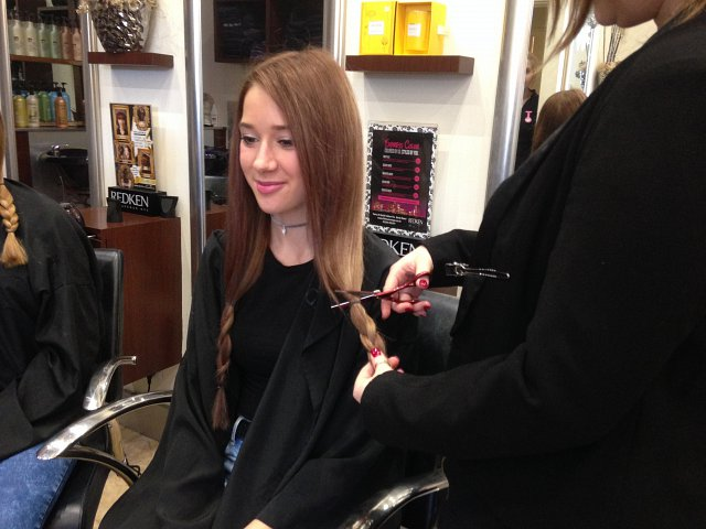 Love bedford news salon supports children 39 s charity for 5th avenue salon bedford